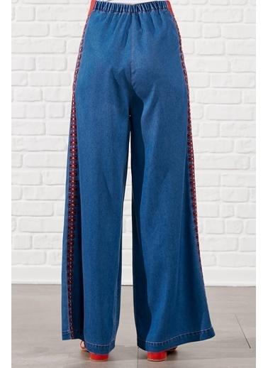 Vivencia Kenarı Güpür Detaylı Boru Paça Pantolon  Lacivert